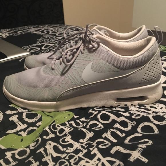 le scarpe nike air max thea poshmark 105